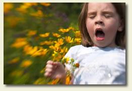 Girl_sneeze